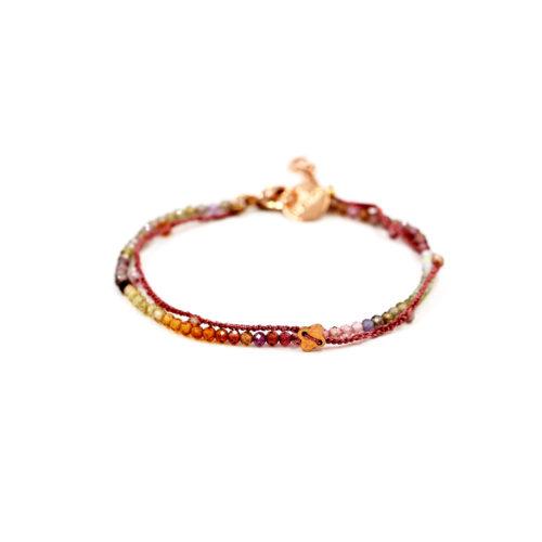 Armkette Saphir bunt und Häkelband mit Zwischenteil und Steinchen, dunkel